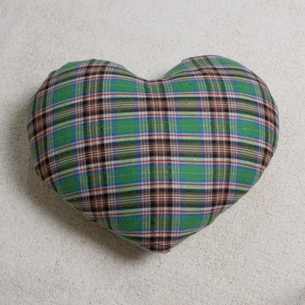 カントリーハートクッション チェック / heartcushion